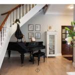 fortepian w salonie